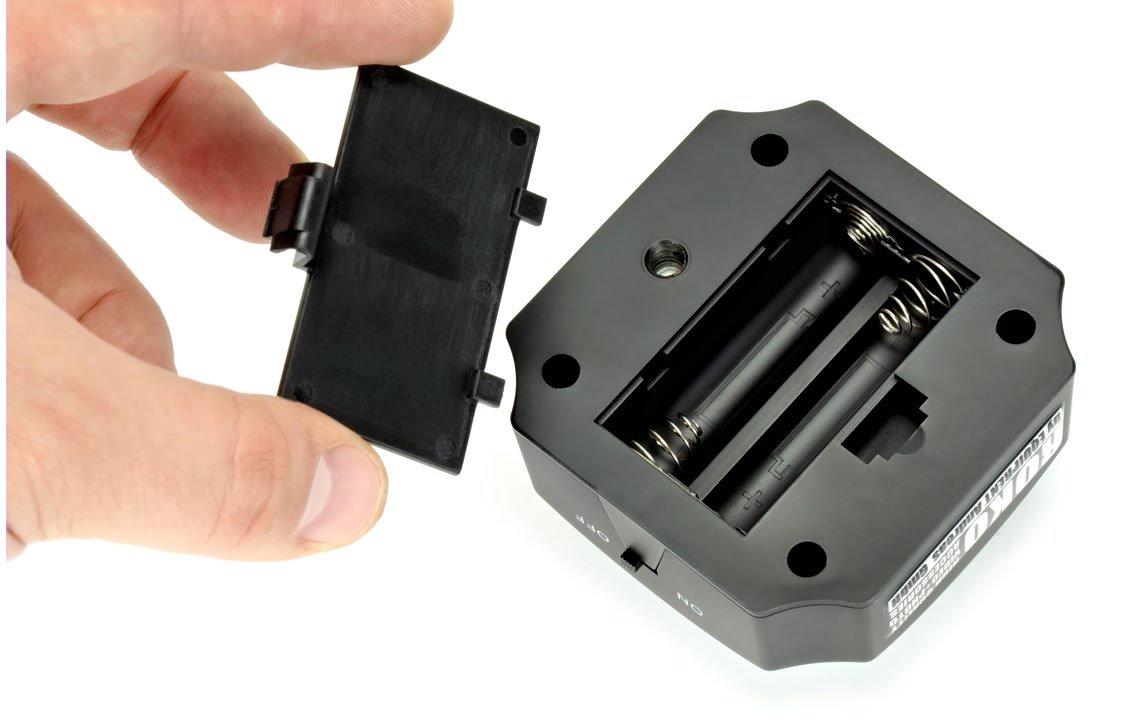 Stromversorgung über zwei AA Batterien.