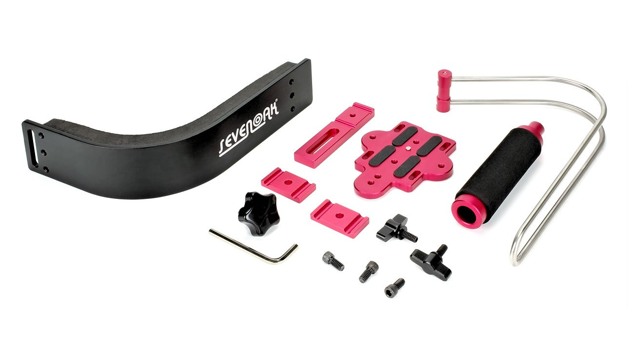Einzelteile der SevenOak SK-R01 Schulterstütze.