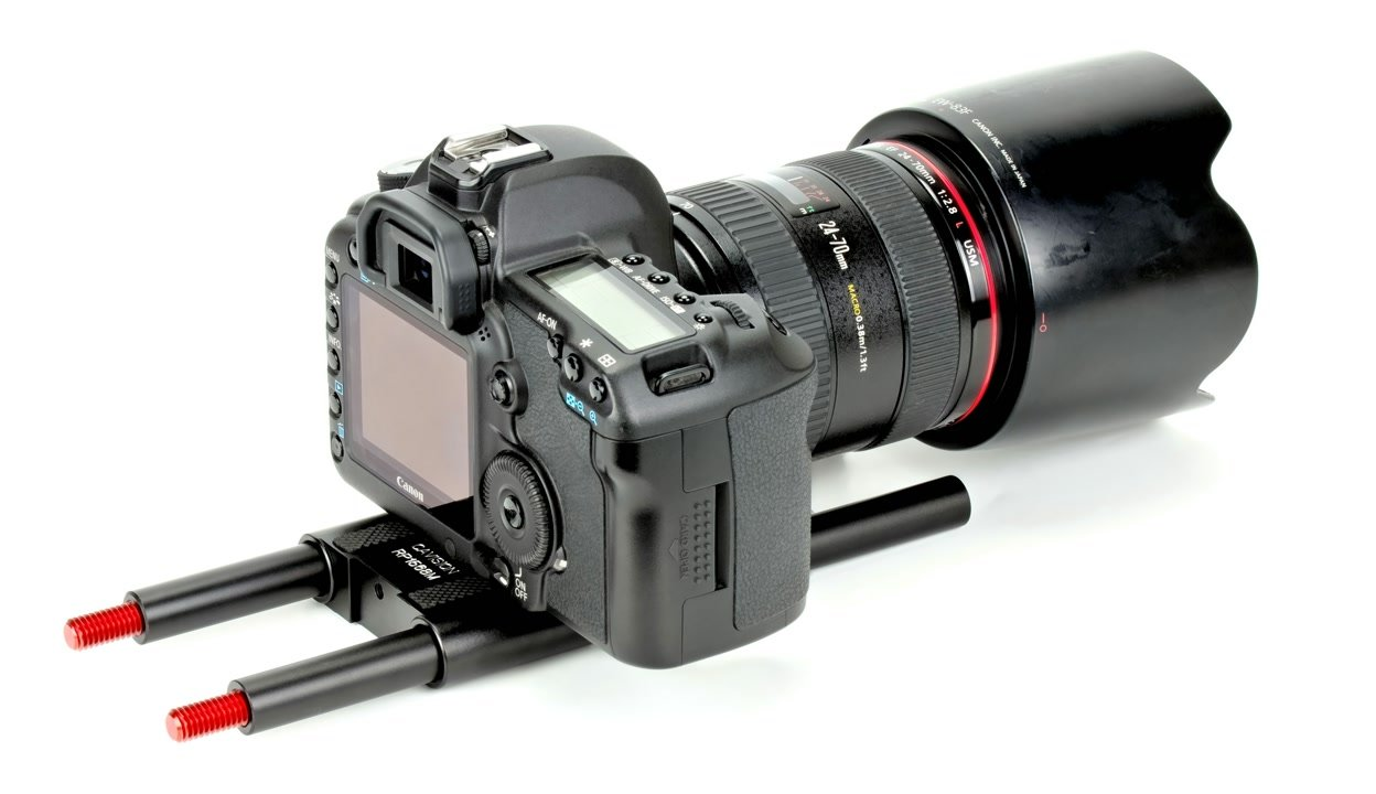Cavision R15P80 Baseplate mit Rods und Canon 5D Mark II.
