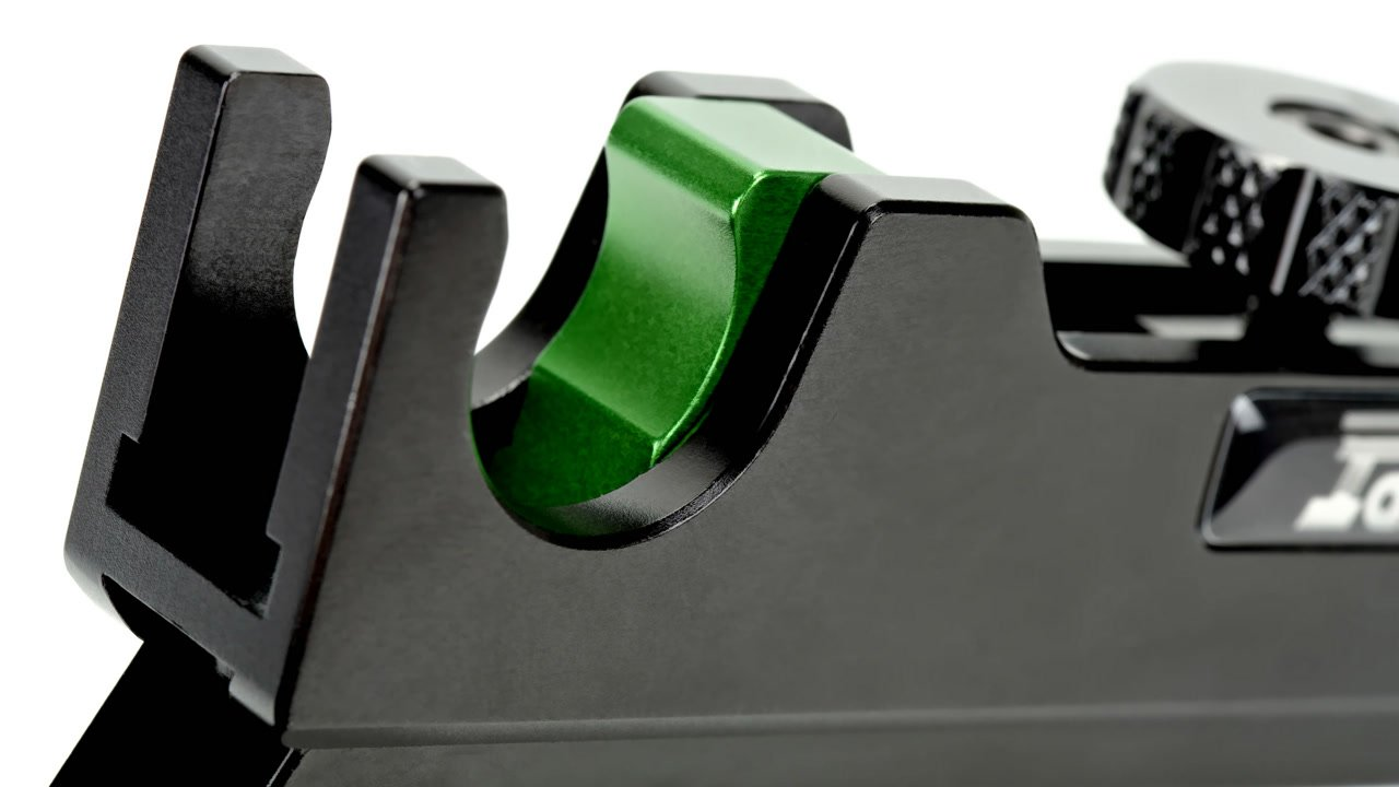 Quick Release Verschluss für schnelle Montage auf 19mm Rods.