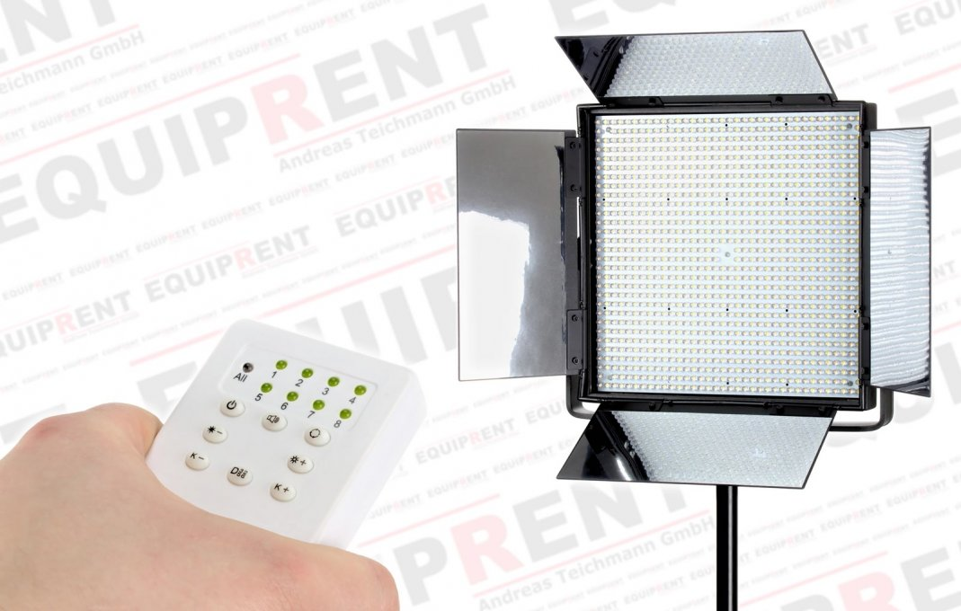Memoriabel 65HBC High CRI BiColor LED-Leuchte mit Fernbedienung.