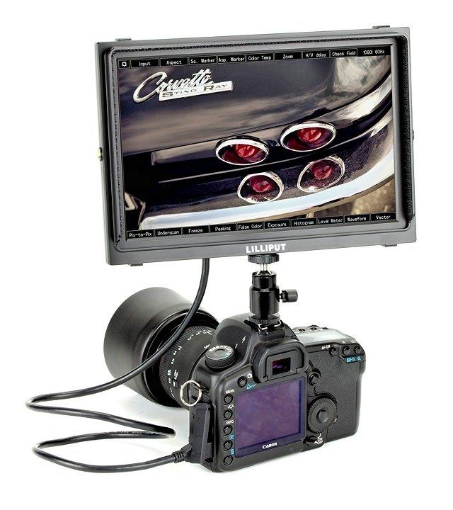 Canon 5D Mark II mit Lilliput TM-1018 O/P Monitor.