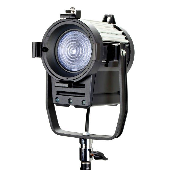 Luxotron D20S LED Fresnel Leuchte ohne Tore.