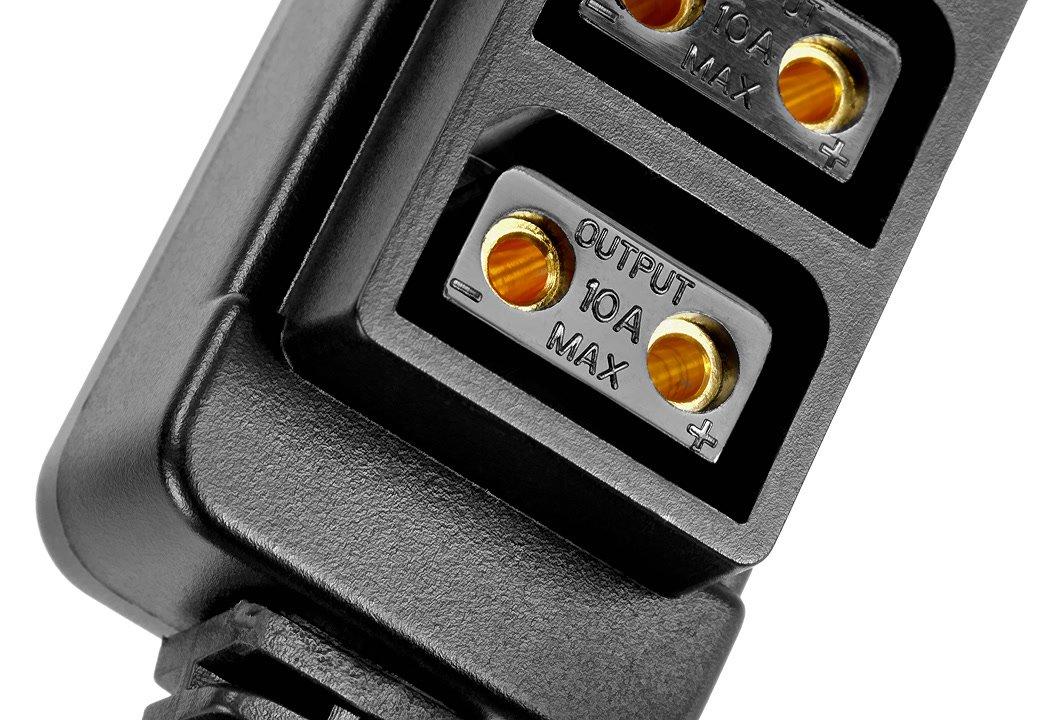 Maximal 10 Ampere Ausgangsleistung.