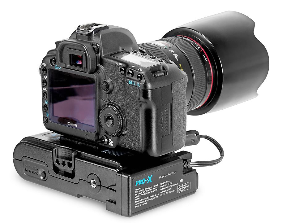Canon 5D mit Powerbase 70.