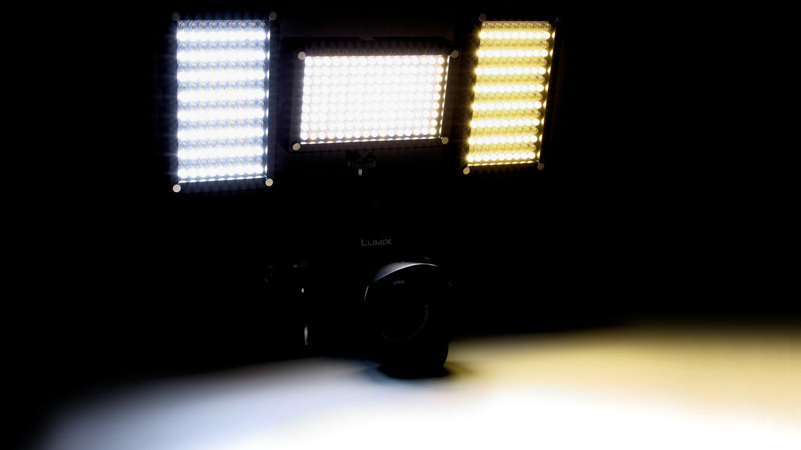 Weitere Leuchten können an den Seiten der LED144 angebracht werden.