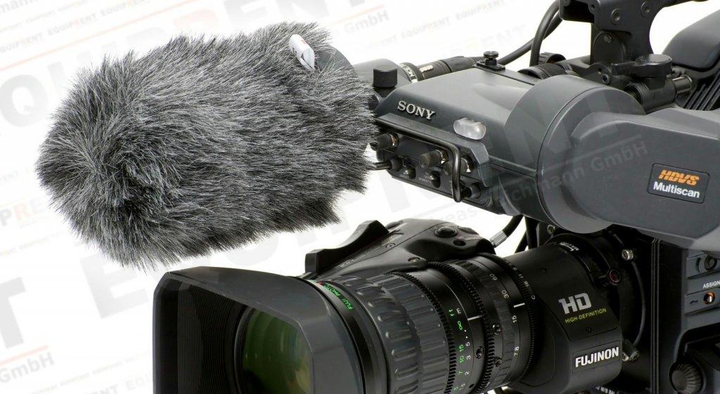 Reinhardt Whisper W100 Windschutz auf Kameramikrofon.