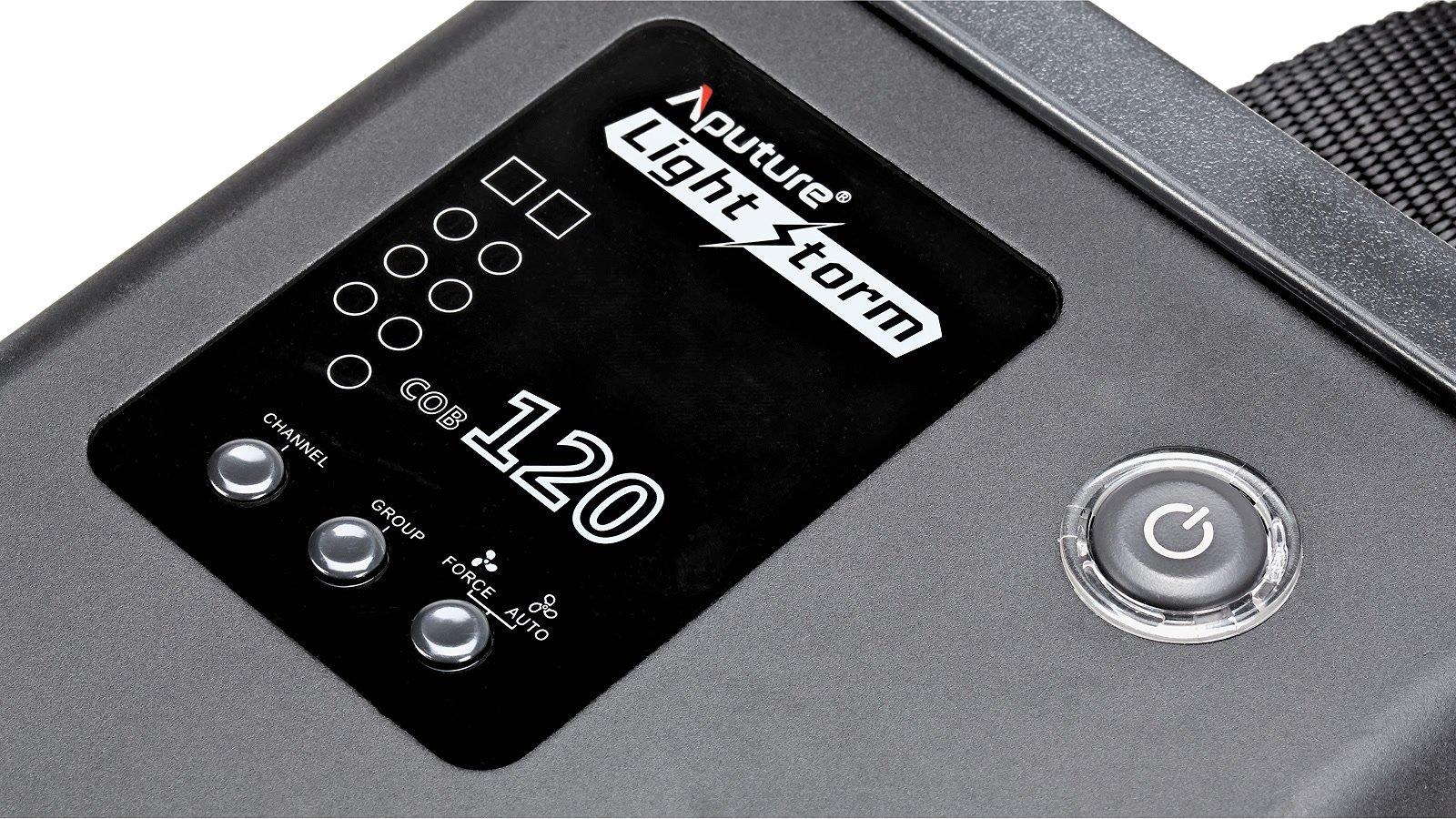Steuerbox Closeup Aputure COB 120t.