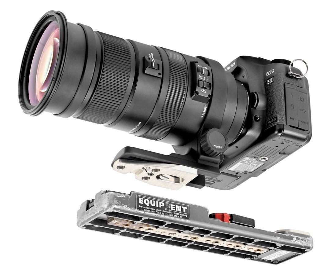 Canon 5D mit Teleobjektiv und VCT-14 Adapterplatte.