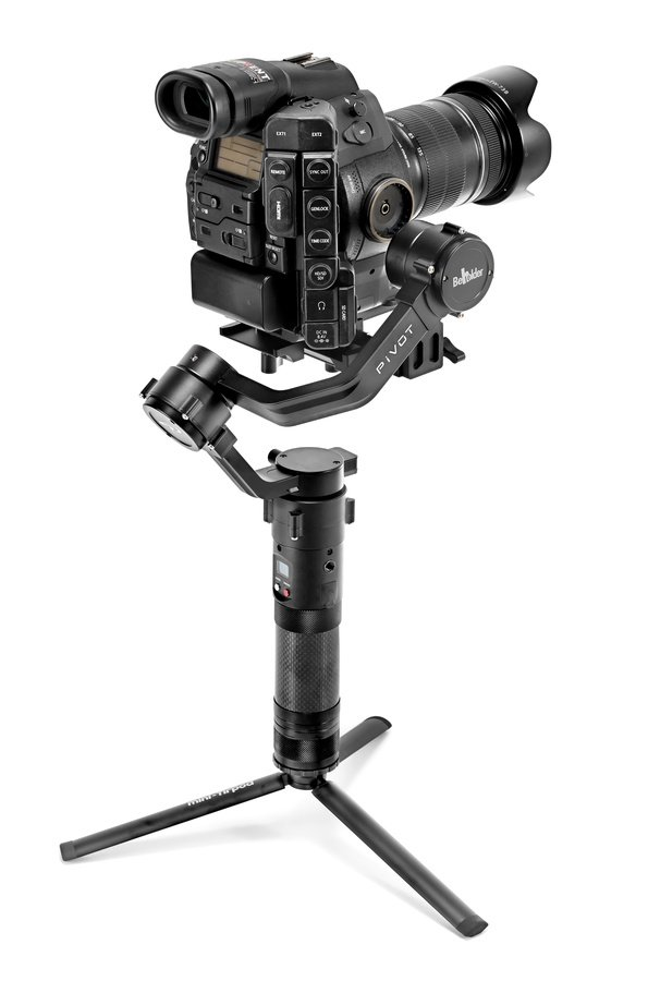 Beholder Pivot Gimbal mit Canon C300 und Standfuss.