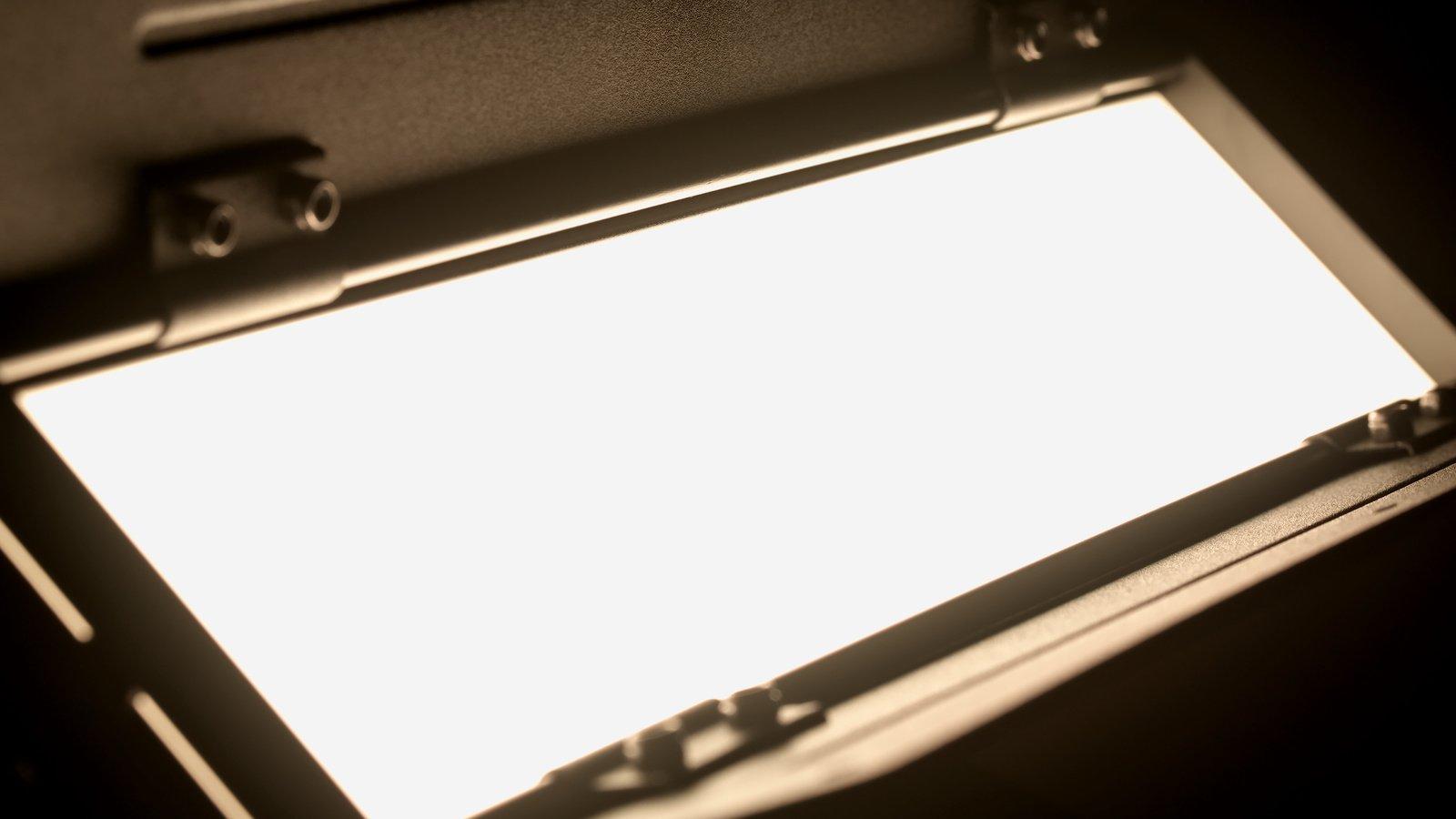 Das Licht der Rotabar ist sehr weich dank des integrierten Diffusors.