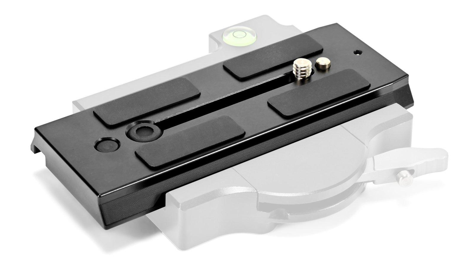 Sie passt auch in den neuen Lanparte QRP-03 Schnellwechseladapter.
