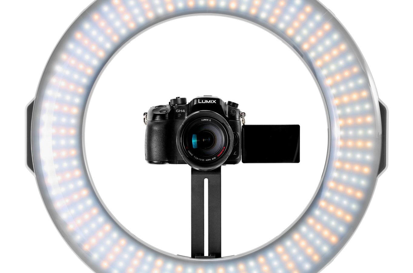 Panasonic GH4 eingebaut in LED Ringleuchte.