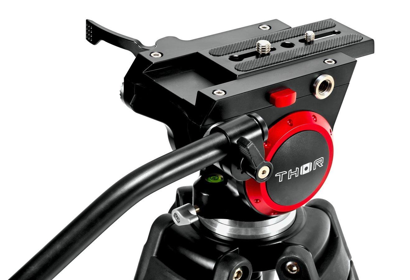 Die Verarbeitung des mitgelieferte DVH-7506 Stativkopfes ist auf hohem Niveau.