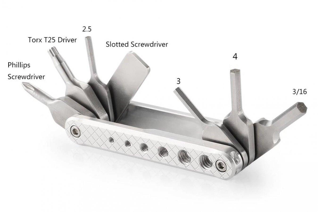 SmallRig 2213 ausklappbares Multi-Werkzeug für Schrauben.
