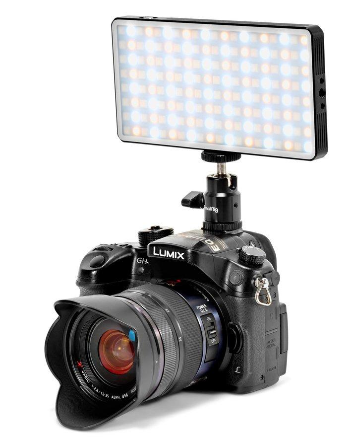 SmallRig 3157 Pix M160 RGB LED Kameraleuchte mit eingebautem Akku.
