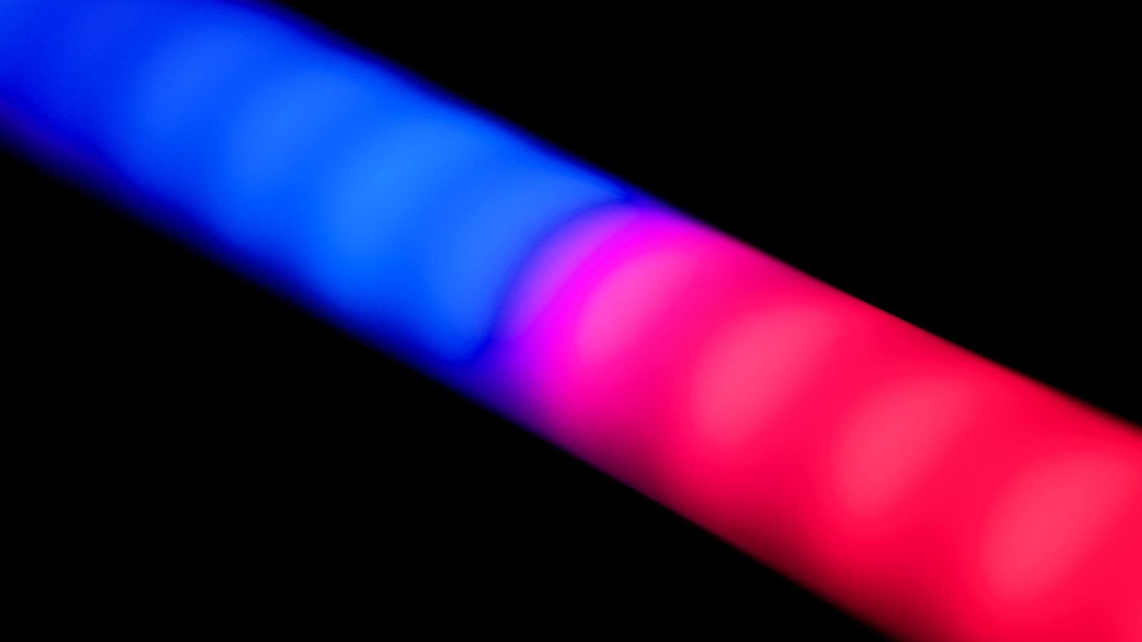 ROKO CL-66RGB LED Stableuchte (corner light) mit vier Größen (42-167cm) Foto Nr. 4