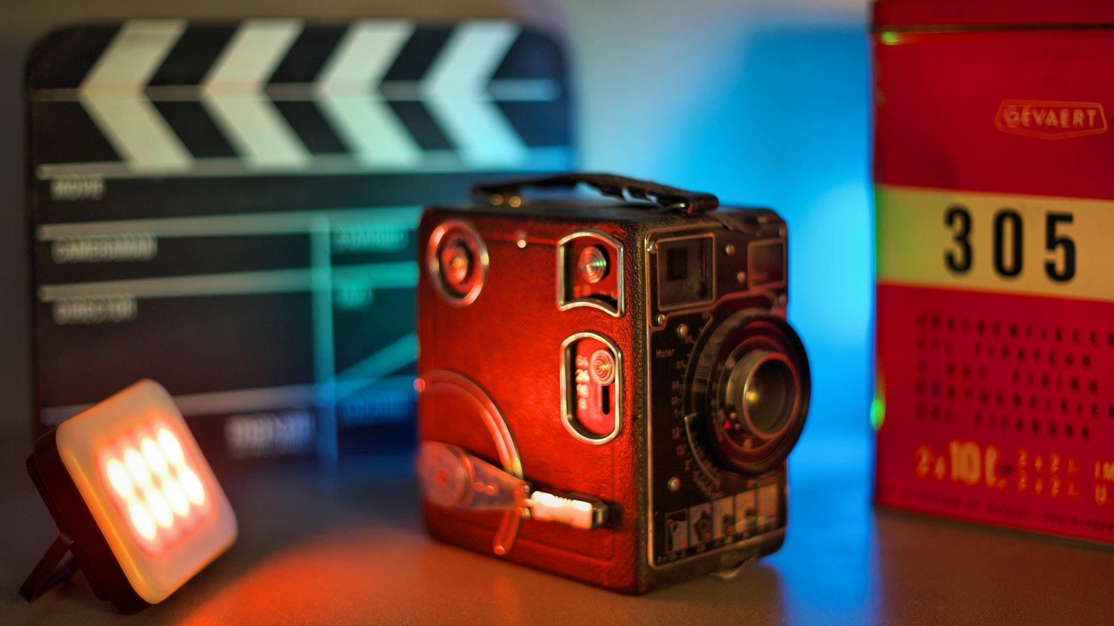 ROKO LED-45RGB (weiß) mini RGB und BiColor Effektleuchte mit Akku Foto Nr. 8