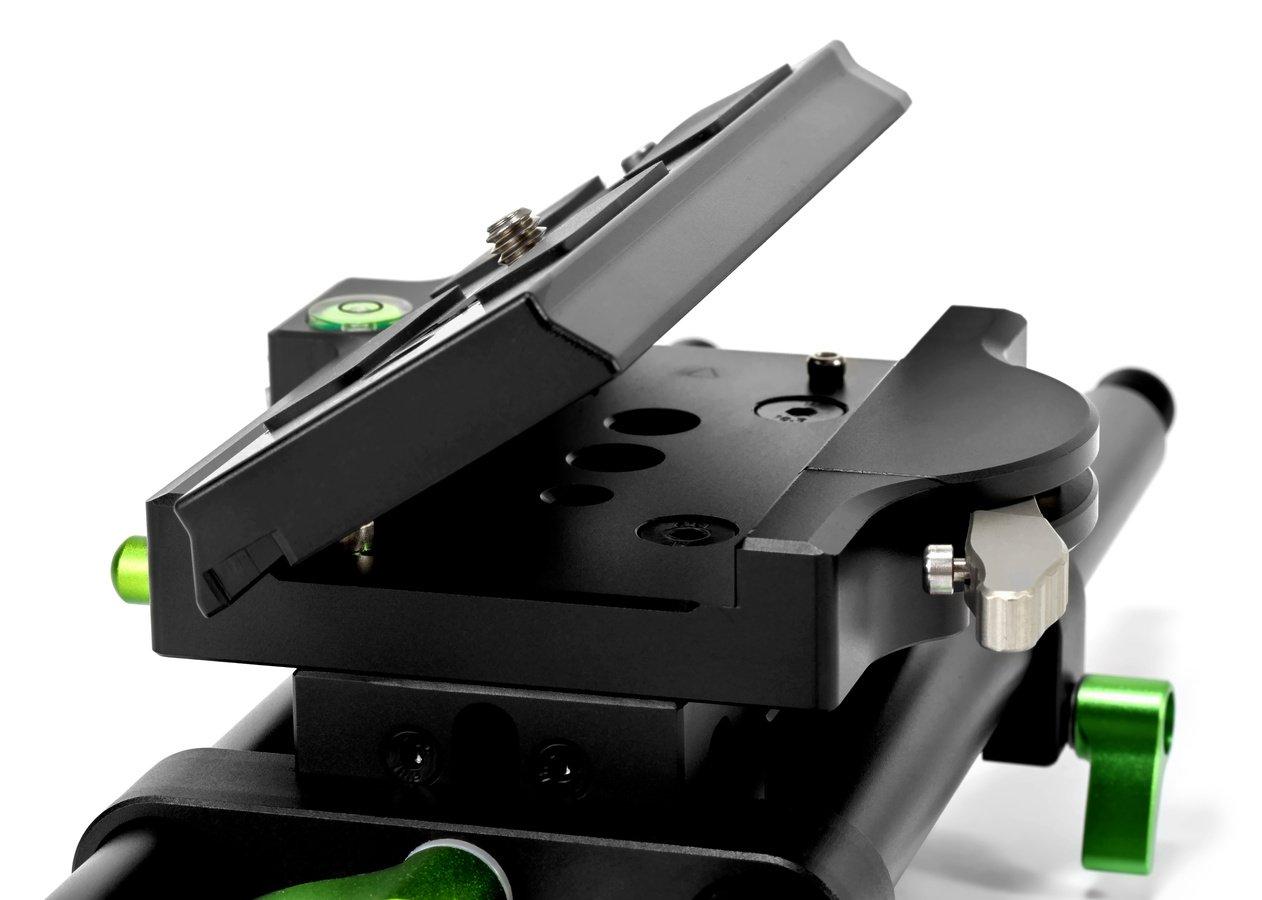 Die Baseplate hat doppelte Aufnahmen für 15mm Rods.
