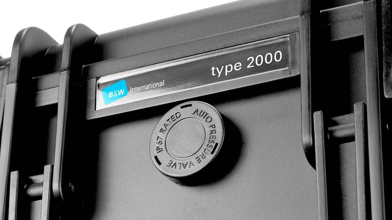 Automatisches Druckausgleichsventil verringert Unterdruck im Koffer.