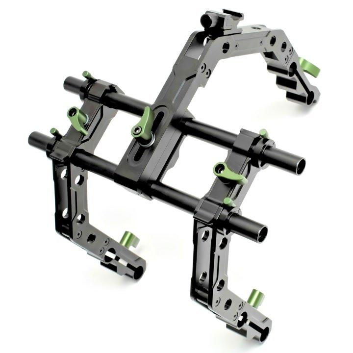 Das C-Bracket ist vollständig aus Metall und sehr robust.