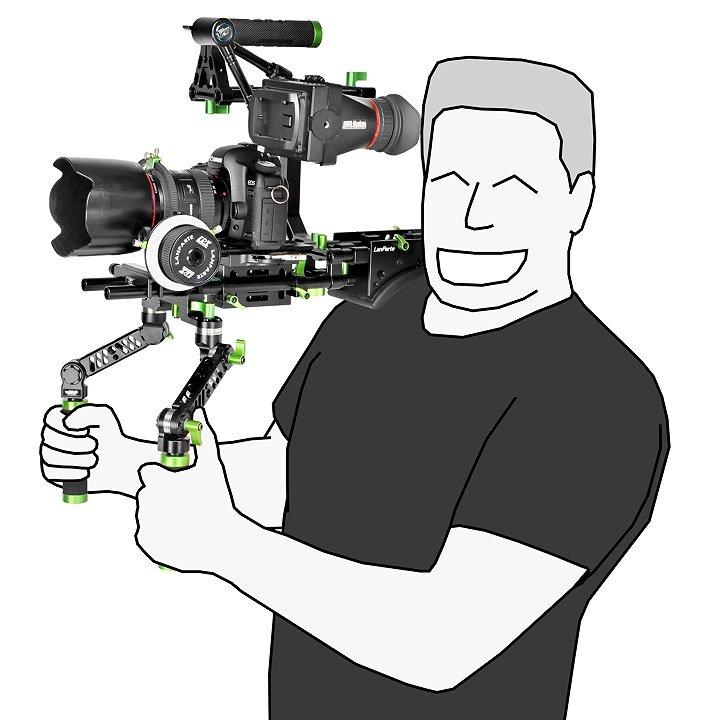 Rig mit Canon 5D auf Schulter.