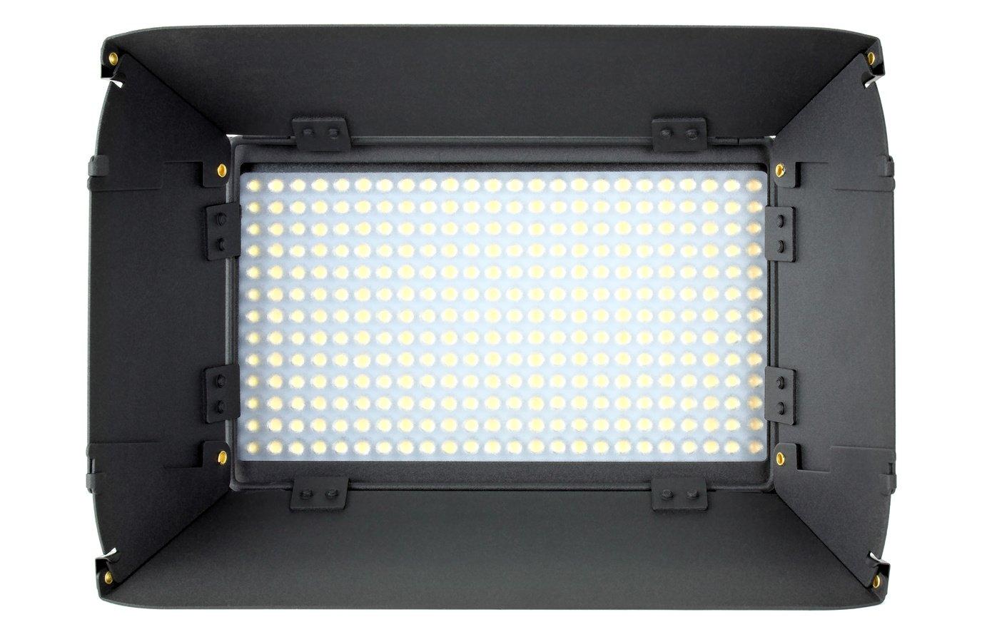 ROKO LED312 von vorne.