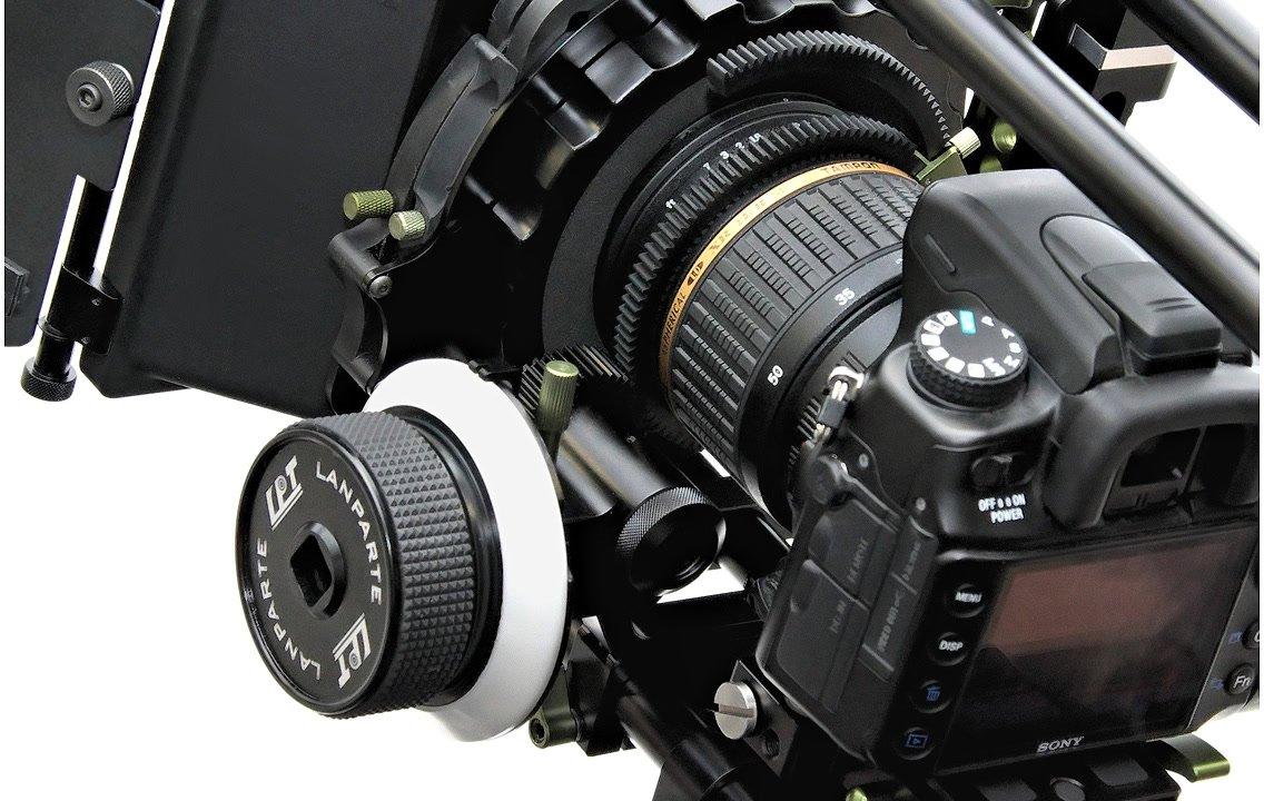 Sony DSLR mit Lanparte Zahnring und Follow Focus.