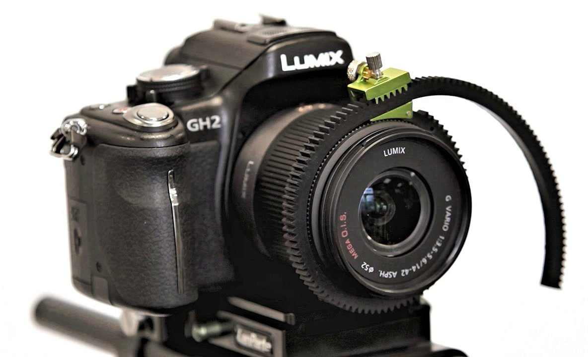 Panasonic GH2 mit flexiblem Lanparte Zahnring.
