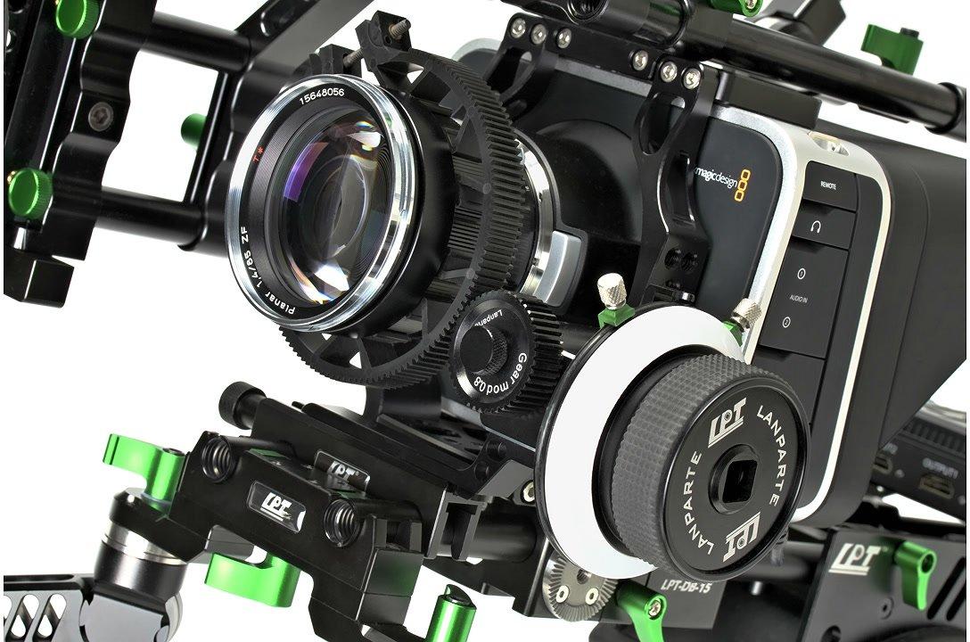 BMCC mit Zeiss Objektiv und Lanparte Follow Focus.