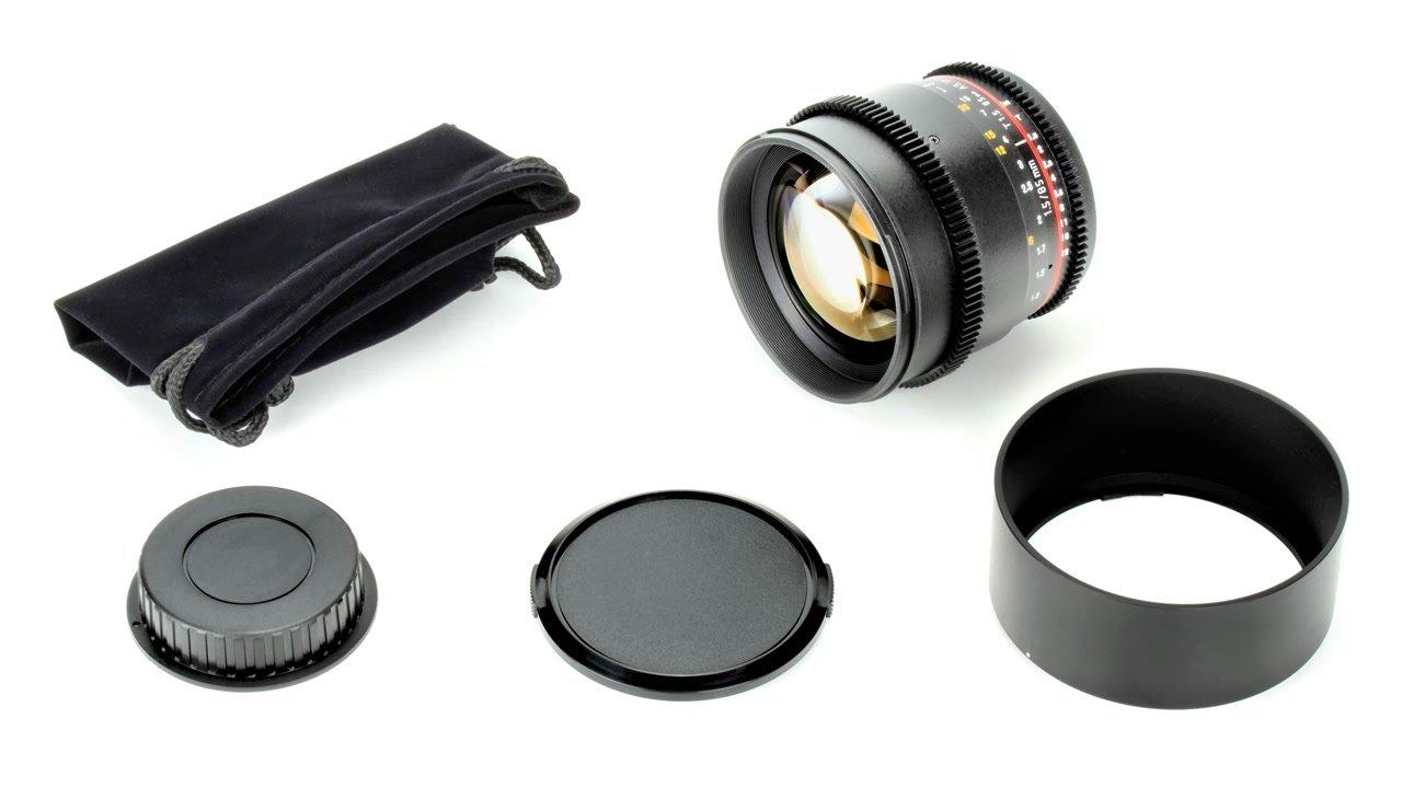 Lieferumfang Samyang 85mm t1.5 Objektiv für Canon EF Mount.