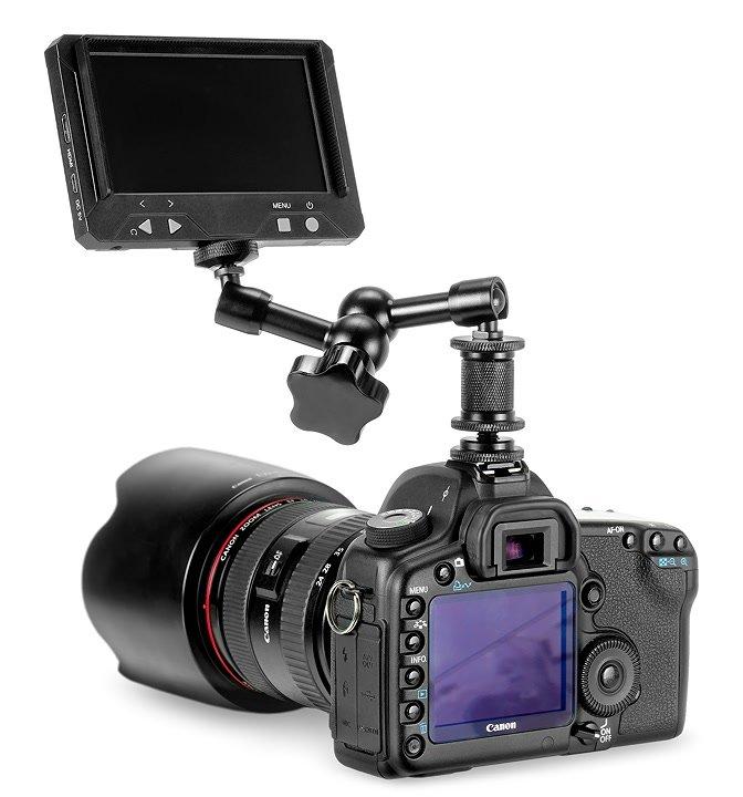 Canon 5D mit Monitor und Gelenkarm.